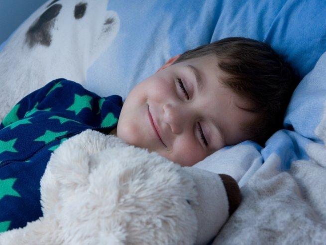 Малыш плохо спит: кто виноват и что делать?