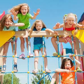 6 отличных идей, как провести с ребенком лето в городе