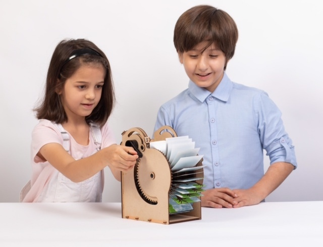 Собирай, играй и развивайся: умный конструктор от Smartivity!