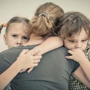 Семь ситуаций, когда нам сложно любить детей одинаково
