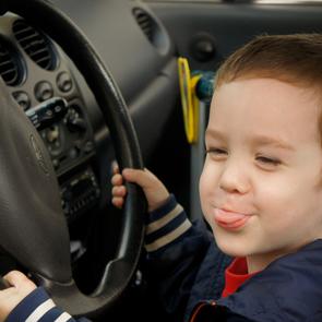 В России появятся центры вождения для школьников
