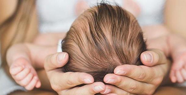 Родничок у ребёнка: мифы и правда
