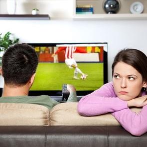 КОРОЧЕ: 10 причин, из-за которых в отношениях появляется напряжение