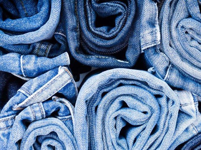 Оригинальные сочетания с джинсовыми вещами