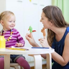 Развитие с пелёнок: осваиваем с ребёнком пальчиковый театр