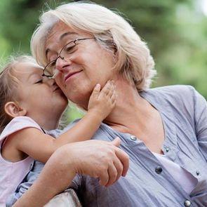 7 главных разочарований в бабушках, которые ждут каждую маму