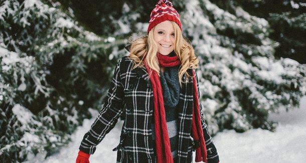Зимние забавы: что выбрать будущей маме