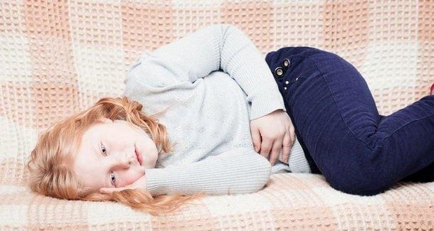 Боли в животе у детей 8 лет: причины и лечение