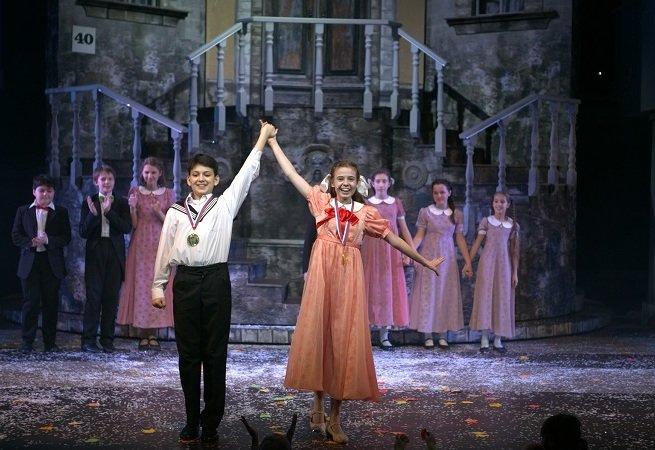 Театр «Айвенго» поставил мюзикл,  в котором задействованы 175 актёров