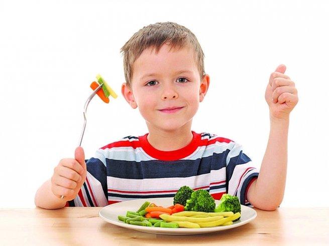 Самарских школьников-льготников кормят несъедобной едой