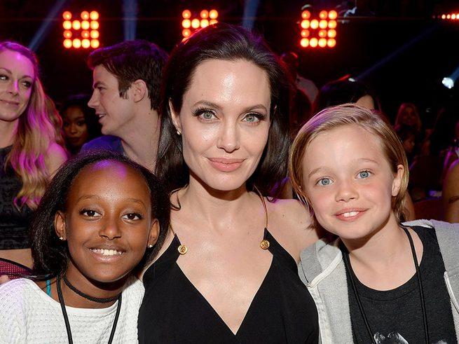 Дети Питта и Джоли изучают семь иностранных языков