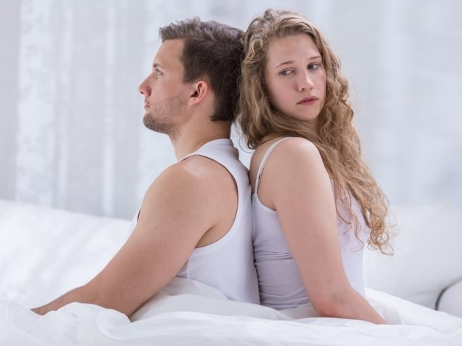 Муж избегает интимных отношений: в чём причина?