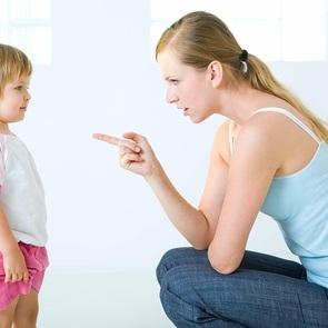 Я никогда не буду так делать: 10 педагогических ошибок, которых не избежать родителям