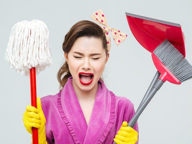 Как остановить истерику у взрослого