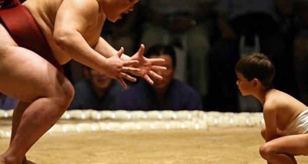8 правил японских сумоистов, которые нужно выучить нашим детям