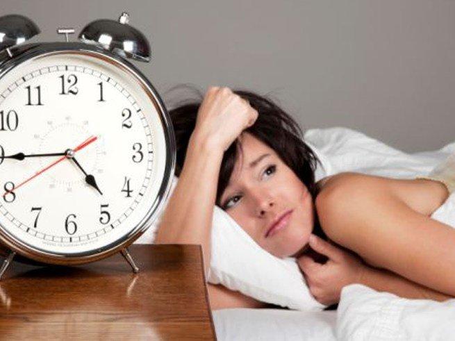 Сон подростков должен длиться не менее 10 часов