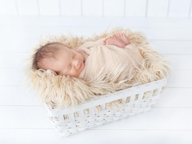 Начало новой жизни: развитие малыша с рождения до 6 месяцев