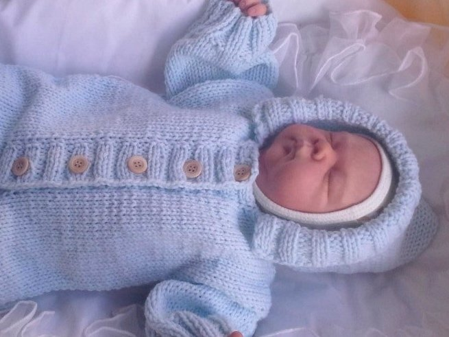 вязание детских комбинезонов для новорожденных