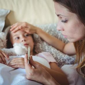 5 мифов о том, как сохранить детское здоровье зимой