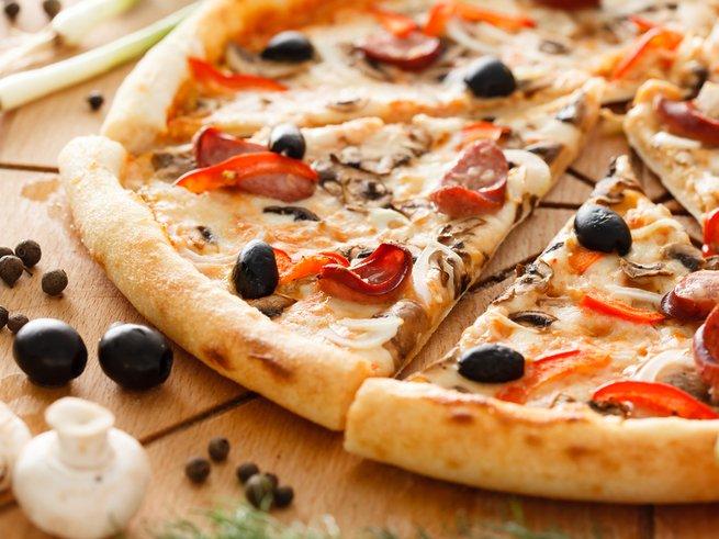 Домашняя пицца: правильное тесто и 5 крутых начинок