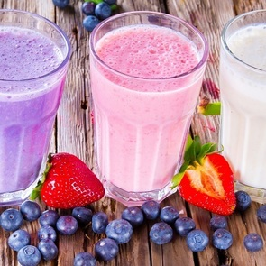 10 молочных коктейлей, которые вы ещё не готовили детям