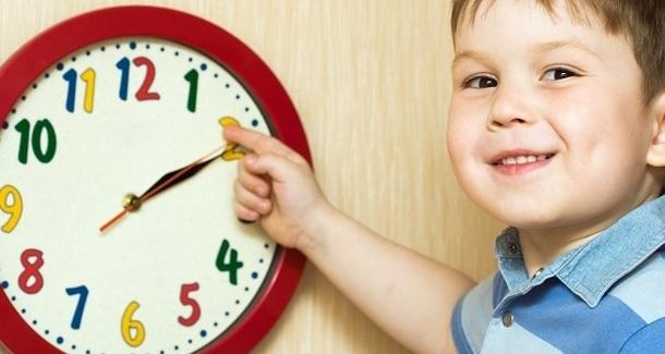 Как наладить режим дня малыша: действенные способы