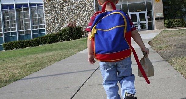 Как помочь первокласснику привыкнуть к школе