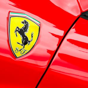Детский автомобиль Ferrari  можно купить за 100 000 долларов
