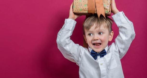 Лучшие подарки для сына на 23 февраля