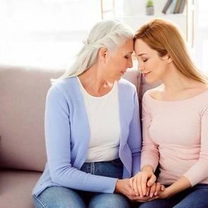 Как отпустить обиду на маму: советы психолога