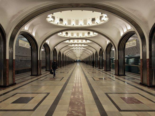 В московском метро помогут родителям с колясками