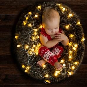 6 лайфхаков, которые помогут защитить ребёнка от шума в новогоднюю ночь