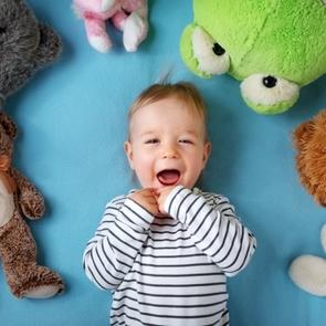 Из младенчества в детство: развитие малыша от года до полутора лет