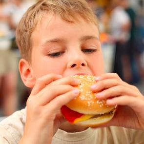 Детское ожирение стало эпидемией мирового масштаба