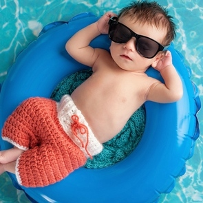 Плавание с рождения: развиваем дома