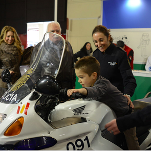Шестилеток научат водить мотоциклы