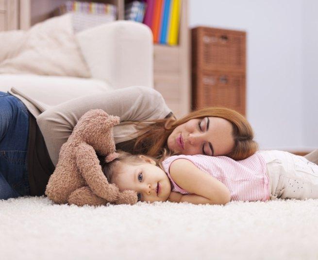 Уставшая мама: как избежать опасного симптома