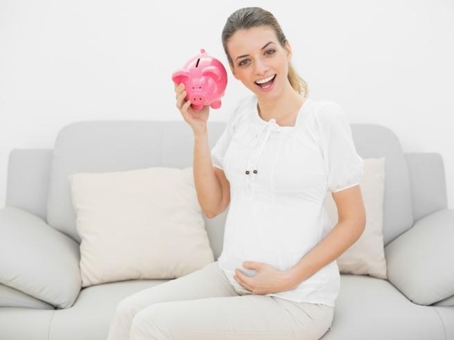 Инфографика: выплаты неработающей маме
