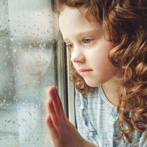 Реакция на погоду: метеозависимость у ребёнка