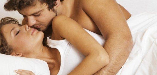 Мужчины чаще всего занимаются сексом в коленолоктевую позу