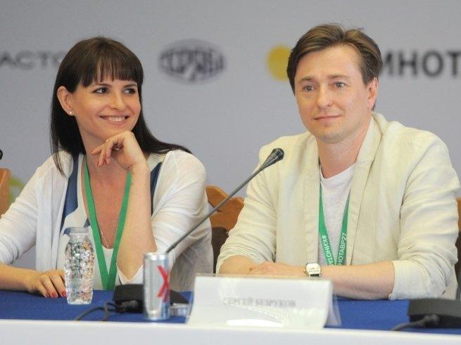 Сергей Безруков разместил  новое фото с дочерью