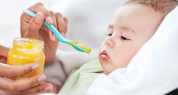 Чем можно подкармливать ребенка в 5 месяцев