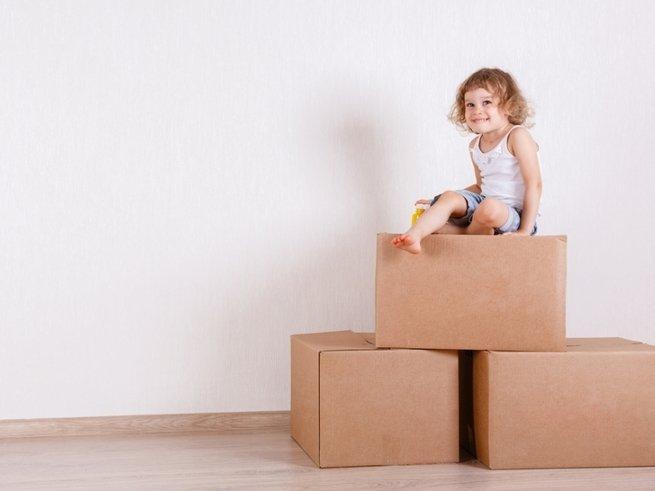 8 предметов из взрослой спальни, которые пригодятся в детской