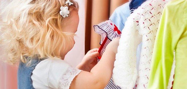 Как хранить детскую одежду: советы родителям
