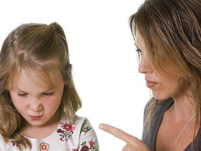 Что делать, если ребёнок не слушается родителей