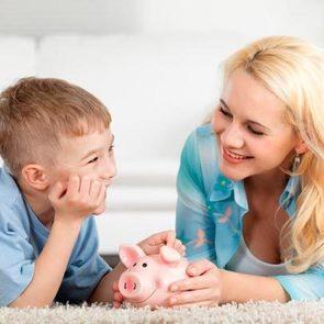 Названа сумма,  которая необходима российской семье для «нормальной жизни»