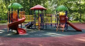 В Астраханской области детскую площадку разобрали вместо того, чтобы ремонтировать