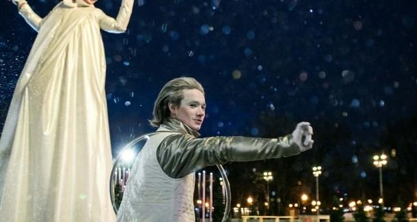 Шоу  «Неоновое Рождество» пройдёт в Парке Горького