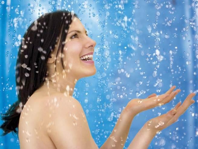 Привычка ежедневно принимать душ  вредна