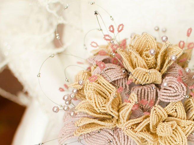 Зимние свадебные букеты